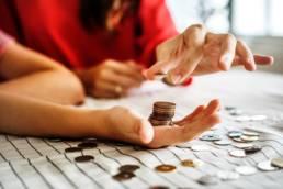 Maquina de gestion de efectivo para negocios